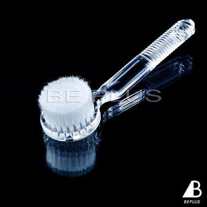 Long Handle Facial Brush