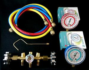 Manifold gauge set R401A R32 refrigerant on HVAC