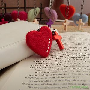Needle Felting Bling Heart Shaped Cross Body Straps Charms 2